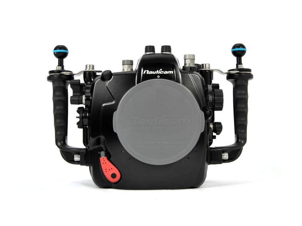 Nauticam NA-D7100 housing for Nikon D7100 camera