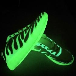 fluorescentni-boty-svitici