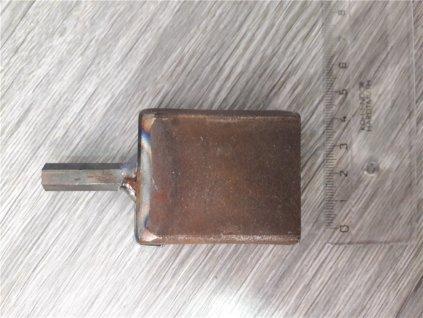 Přípravek (aplikátor) pro instalaci kruhových závitových izolátorů na el.vrtačku - železo