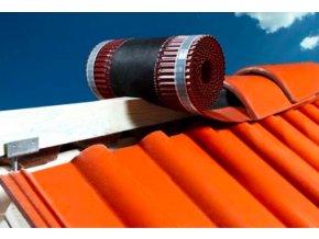 VARIO ROLL FOL, samolepící větrací pás hřebene a nároží / rozměr 330 mm x 5 m, (Barva Červená)