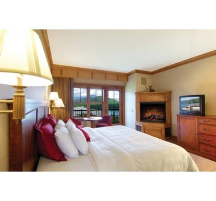 crowne_plaza_resort__golf_club_lake_placid_ny