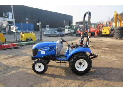 New Holland boomer 20 (2017) 1