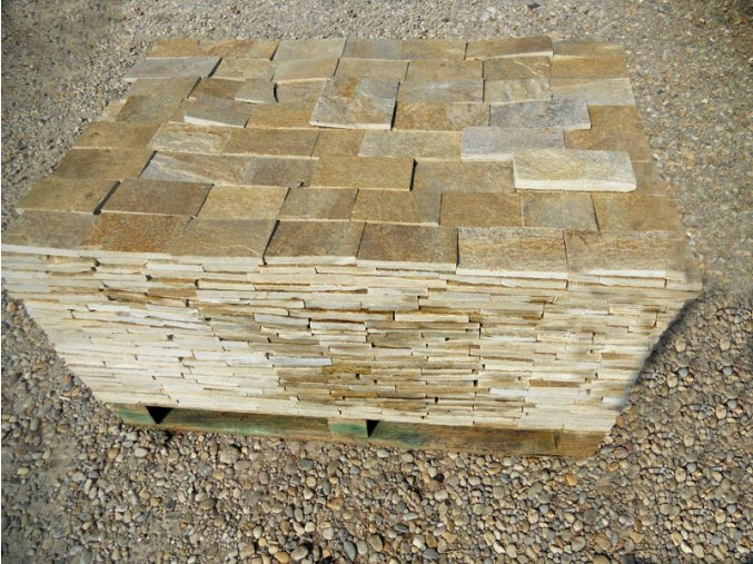 Kamenný obklad Rula medová - obklad přírodní formátovaný v.10cm
