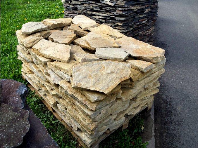 Pískovec kamenná dlažba HU 10-50cm, tl. 3-5cm
