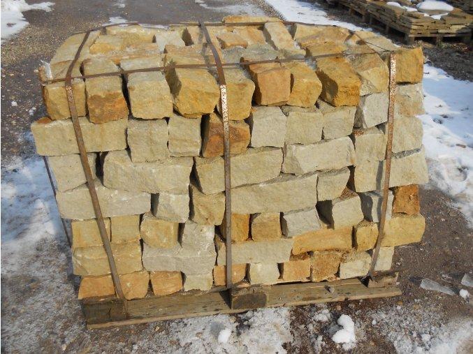 pískovec zdící bloky 10x10x20 25cm