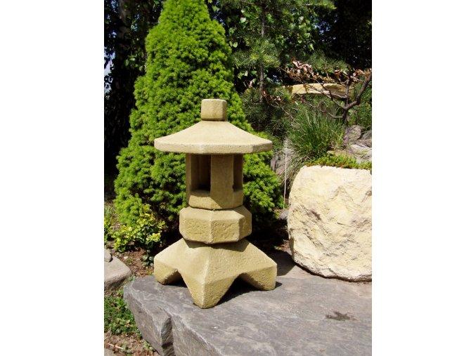 Zahradní lampička pískovec typ 3