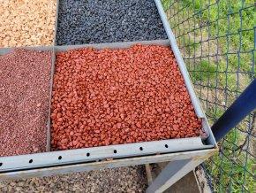 Kamínek barvený červený 4-8mm 25kg
