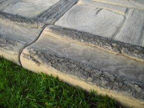 Žlab na vodu imitace dřeva