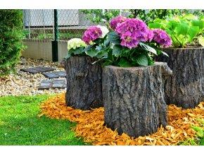 imitace dřeva květináč