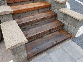 schodišťový stupeň Ebony