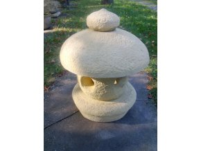 zahradní lampička imitace pískovec