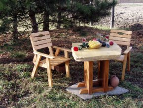 Kamenný stůl Artš