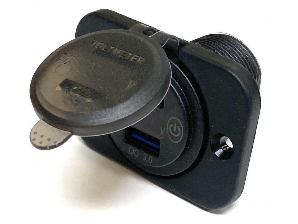 USB zásuvka pro dva kabely