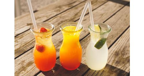 Alternativní jednorázová brčka na pití
