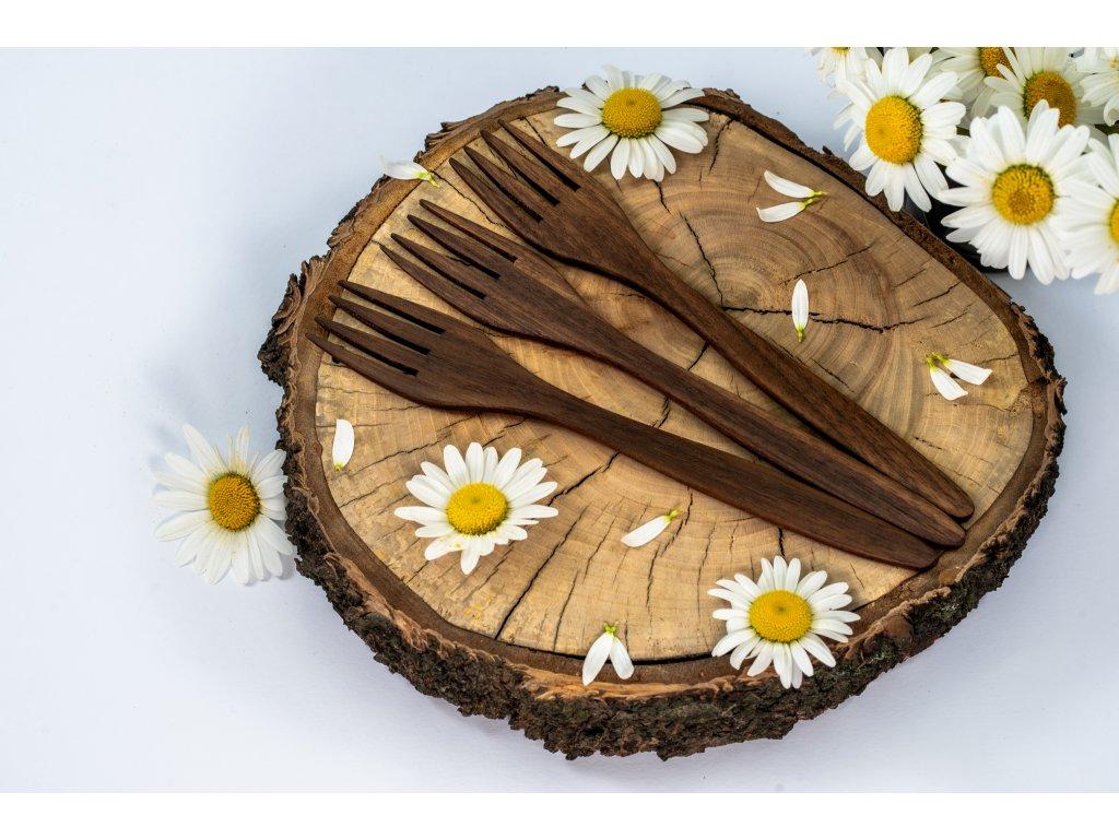 dřevěná pikniková vidlička