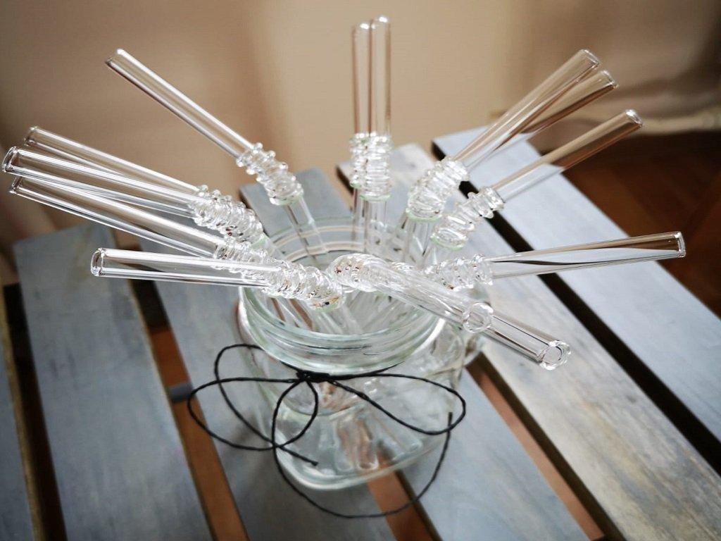 znovupoužitelné skleněné brčko