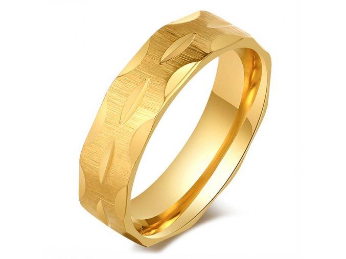Obrúčka z chirurgickej ocele zlatej farby so zárezmi