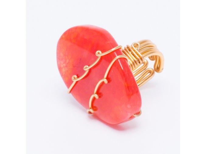 Prsteň s prírodným ružovým kameňom, bižutéria