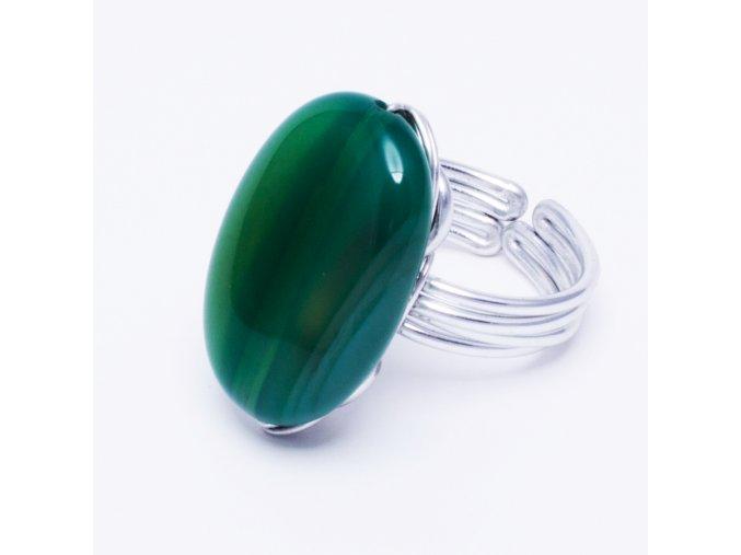 Prsteň so zeleným mliečnym kameňom, bižutéria