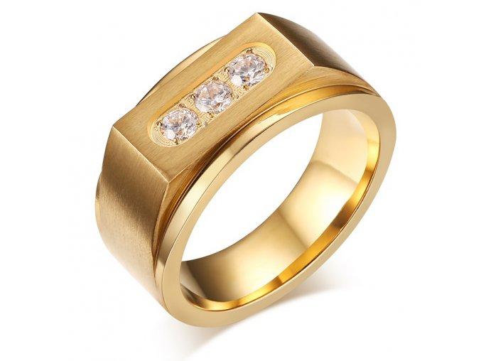 Pánsky masívny prsteň z ocele s tromi čírymi zirkónmi, zlatá farba (1)