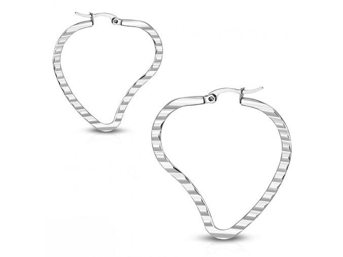Ploské náušnice srdce z ocele, zárezy, strieborná farba 40 mm