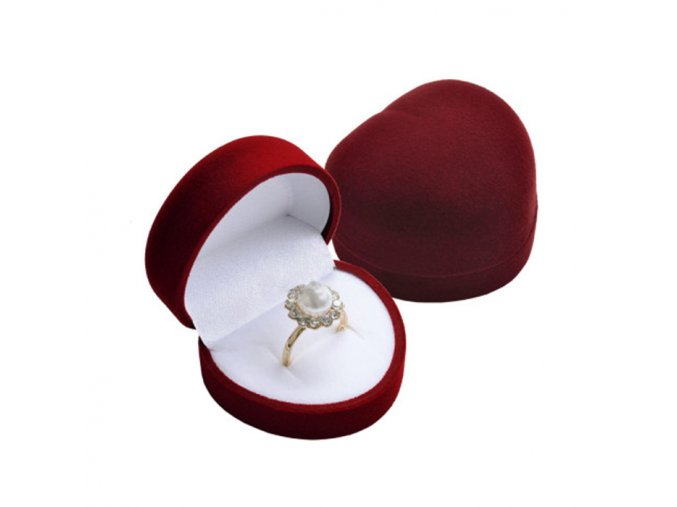 Zamatové tmavočervené srdiečko, darčeková krabička na prsteň