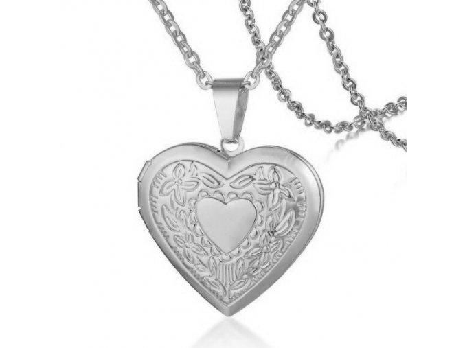 Medailón 3D srdce na fotky z ocele, strieborná farba, srdce a gravírovanie (1)