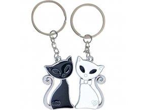 Prívesky na kľúče pre dvoch, čierna a biela mačka (1)