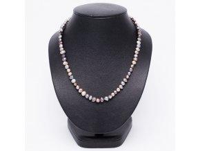 Náhrdelník z čiernych riečnych perál, bižutéria