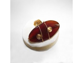 Prsteň s oválnym prírodným kameňom, bižutéria