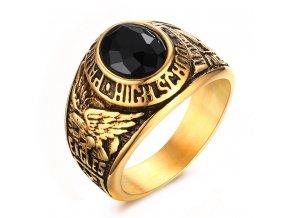 Pánsky pečatný prsteň z ocele s čiernym kamienkom, zlatá farba, gravírovanie (1)