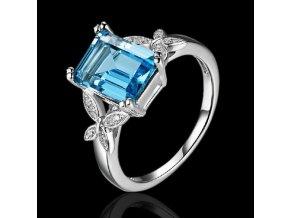 Elegantný dámsky prsteň, blankytný kamienok, motýle, bižutéria