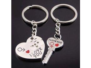 Kľúčenky pre dvoch, srdce a kľuč, nápis I LOVE YOU, gravírovanie (2)