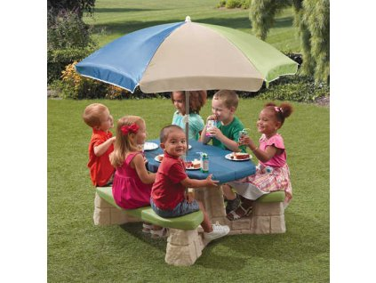 dětský stůl se slunečníkem, dětský zahradní nábytek