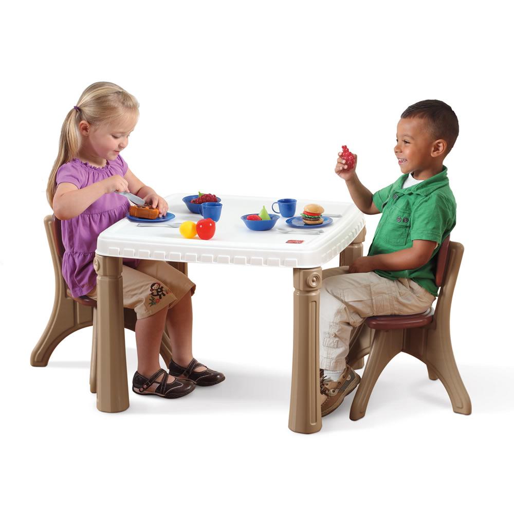 STEP2 Dětský stoleček a židličky