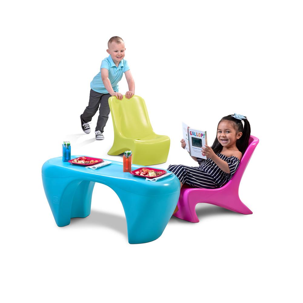 STEP2 Dětský stůl se židlemi Junior Chic