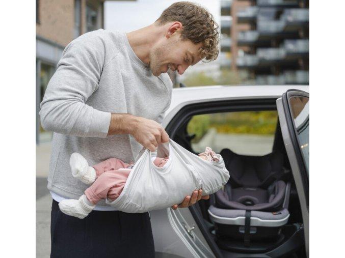 BeSafe iZi Transfer taška pro přenos spícího miminka (1)