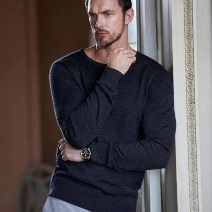 tmavosivy sveter