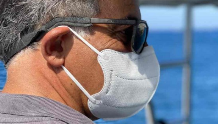 Nově zde koupíte respirátory a nanonákrčníky od Respilonu
