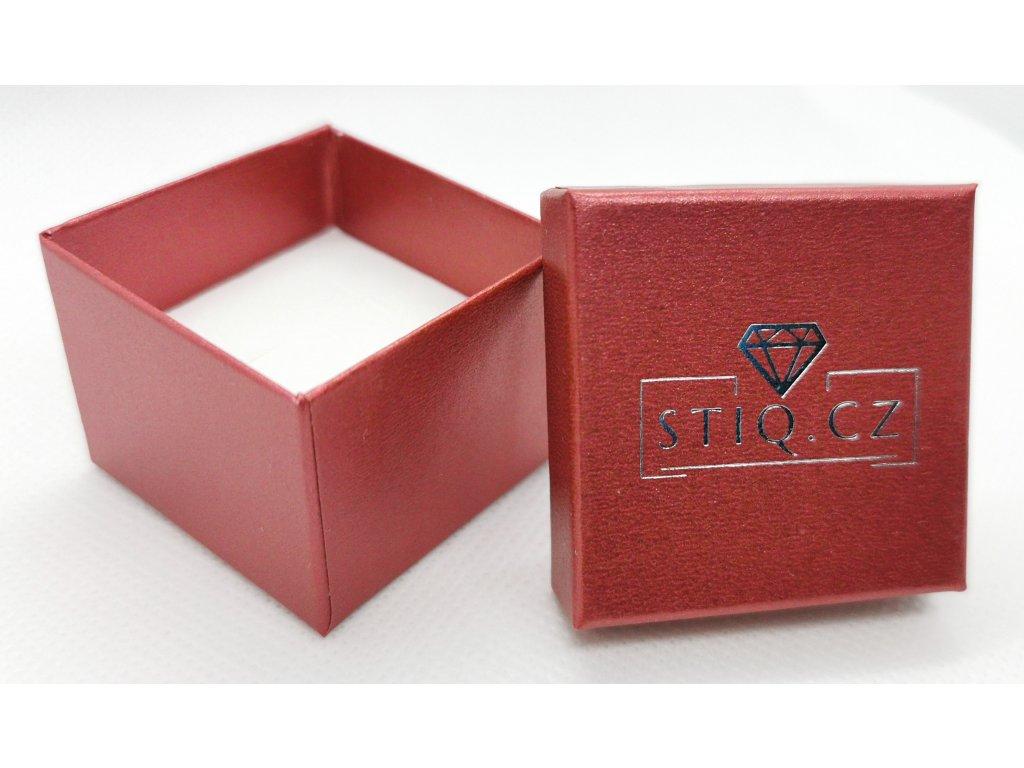 Červená krabička STIQ.CZ