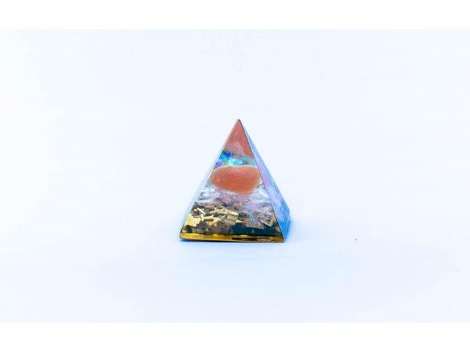 Orgonit pyramida karneol 30x30mm