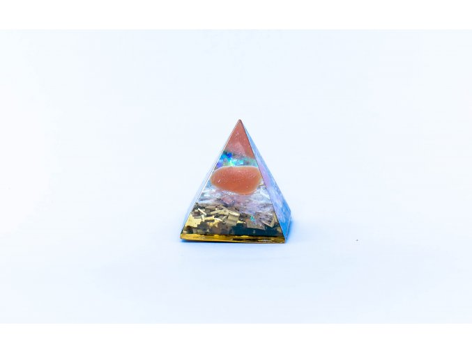 Orgonit pyramida karneol 40x40mm