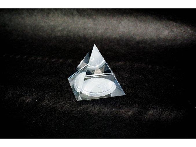 Skleněná pyramida Jin&Jang 40x40x40mm