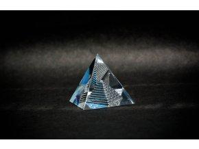Skleněná pyramida 40x40x40mm