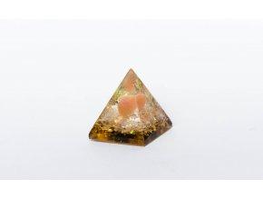 Orgonit pyramida oranžová 30x30mm