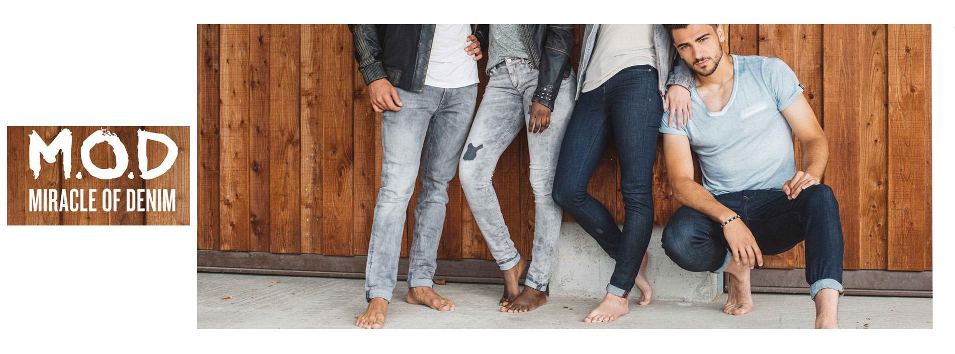 nová kolekce jeansů