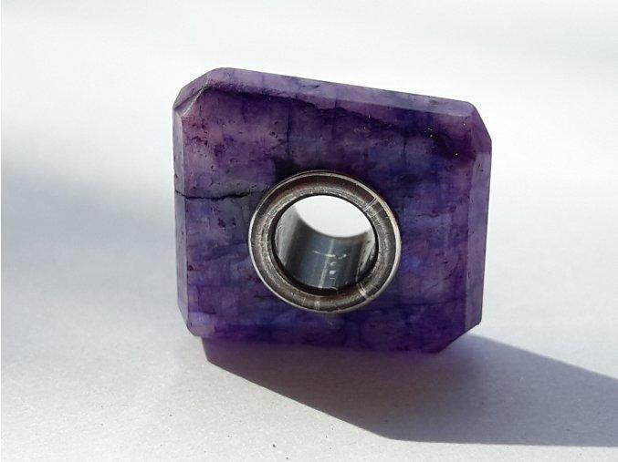 fialový měsíční kámen ii
