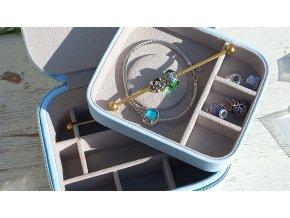 Světle modrá šperkovnice Moress