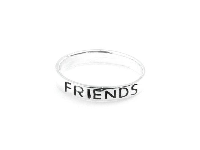 """Strieborný prsten """"friends forever"""""""