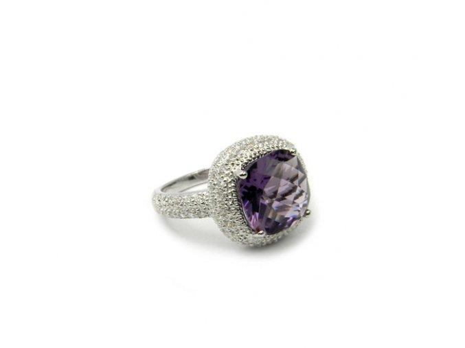 Strieborný prsten